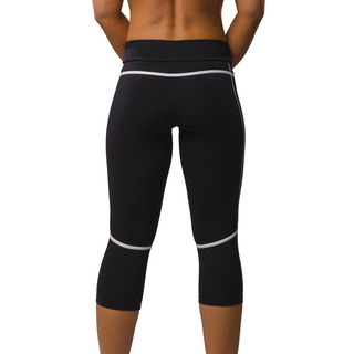 Eszter Multi-functional 3/4 Capri Legging Jet Black / Arctic White Back